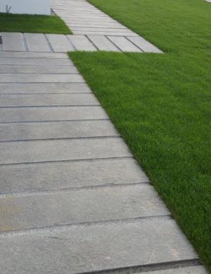 Placaj piatra naturala andezit tip pasi de pisica andezit pentru alei, curte, gradina